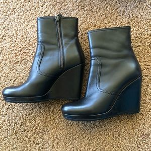 Prada ankle booties size 37.5